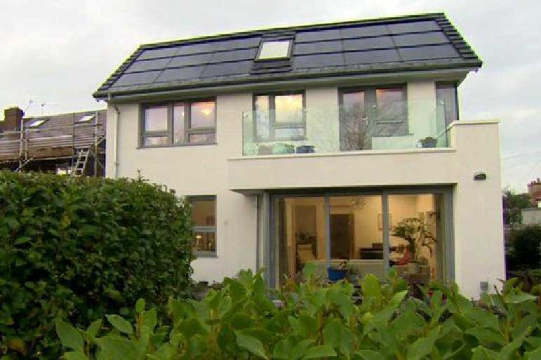 Wirral '£15 a year' low energy house wins award